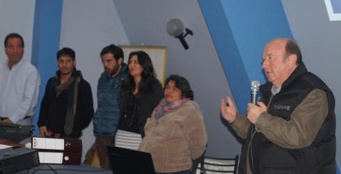 Muy contentos estaban los integrantes del Comité Padre Hurtado, que son 111 familias ya que con la presencia de la...