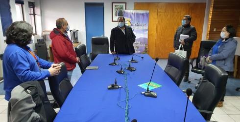 El alcalde Pablo Urrutia Maldonado junto a nuestro administrador Municipal y encargado de Emergencias, fueron parte de una importante reunión...